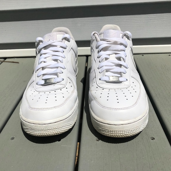 Men's White Air Force 1 size 10